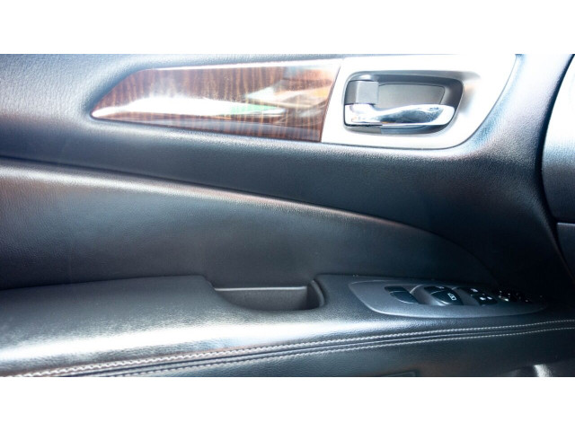 2013 Nissan Pathfinder Platinum 4x4 SUV - 636056 - Image 20
