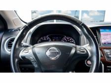 2013 Nissan Pathfinder Platinum 4x4 SUV - 636056 - Thumbnail 11