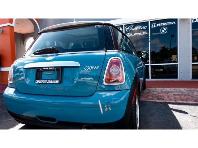 2008 MINI Cooper Base Hatchback - T63688 - Image 11