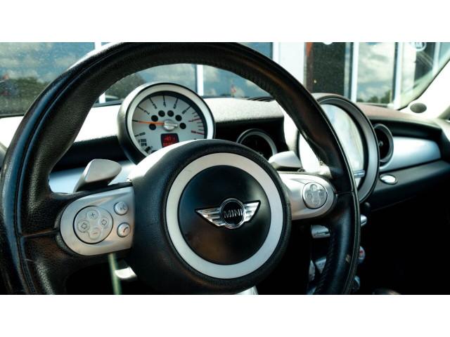 2008 MINI Cooper Base Hatchback - T63688 - Image 13