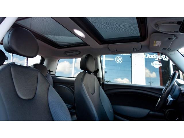 2008 MINI Cooper Base Hatchback - T63688 - Image 19