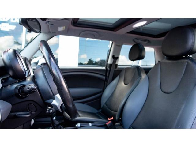 2008 MINI Cooper Base Hatchback - T63688 - Image 21