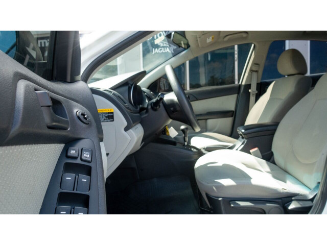2010 Kia Forte EX 5M Sedan -  - Image 21