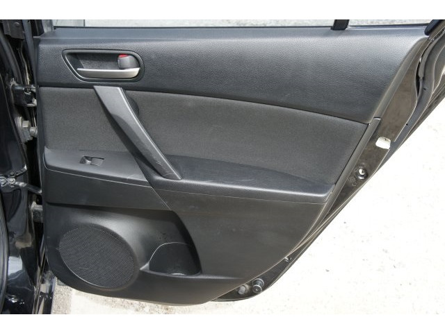 2012 Mazda Mazda3 Touring 4D Sedan  - 203571F - Image 25