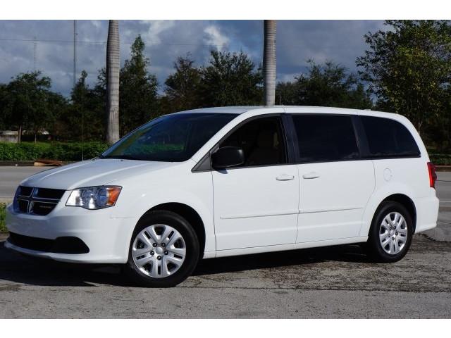 2014 Dodge Grand Caravan  4D Passenger Van  - 203609F - Image 3