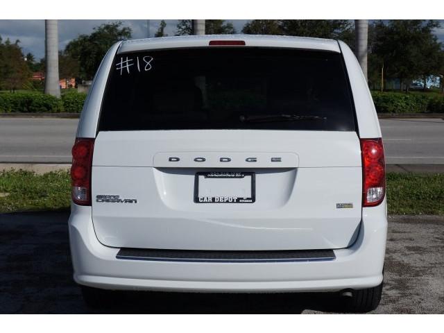2014 Dodge Grand Caravan 4D Passenger Van - 203609F - Image 6