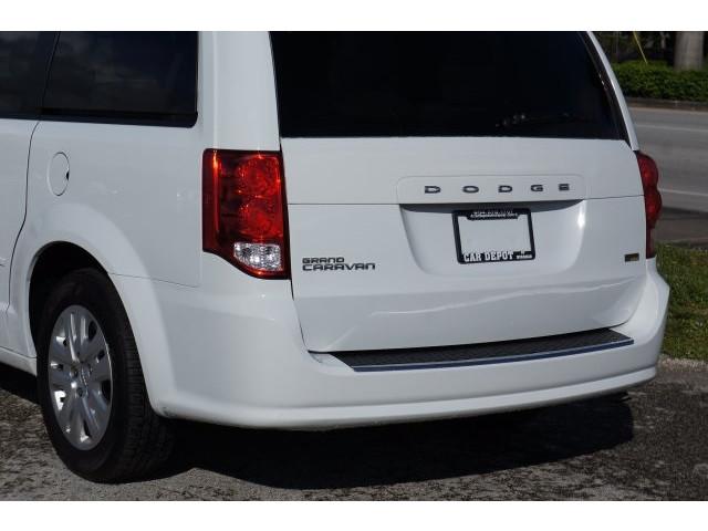 2014 Dodge Grand Caravan 4D Passenger Van - 203609F - Image 11
