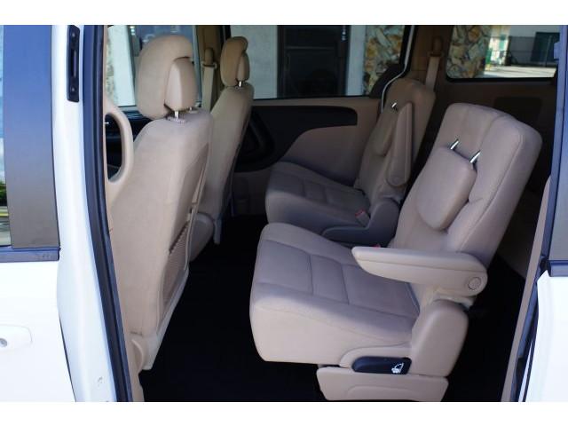 2014 Dodge Grand Caravan 4D Passenger Van - 203609F - Image 20