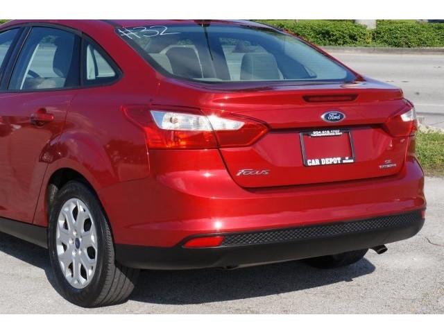 2012 Ford Focus 4D Sedan - 203611F - Image 11