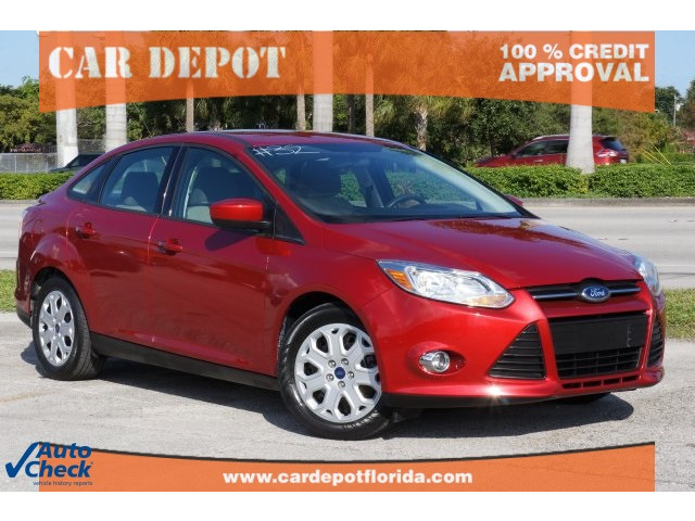 2012 Ford Focus 4D Sedan - 203611F - Image 1