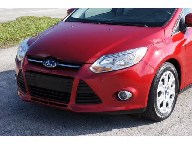 2012 Ford Focus 4D Sedan - 203611F - Image 10