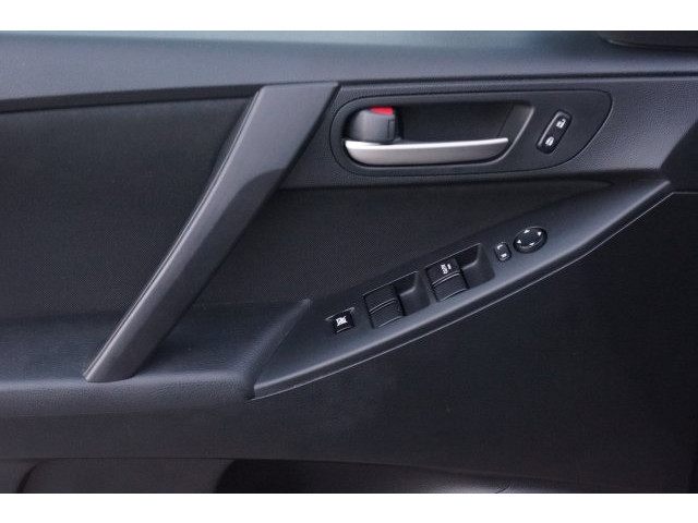 2013 Mazda Mazda3 SV 4D Sedan - 203572F - Image 14
