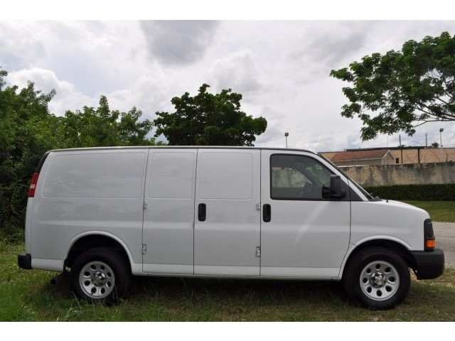 2013 Chevrolet Express Van G1500 Cargo 3D Cargo Van  - 203569F - Image 4