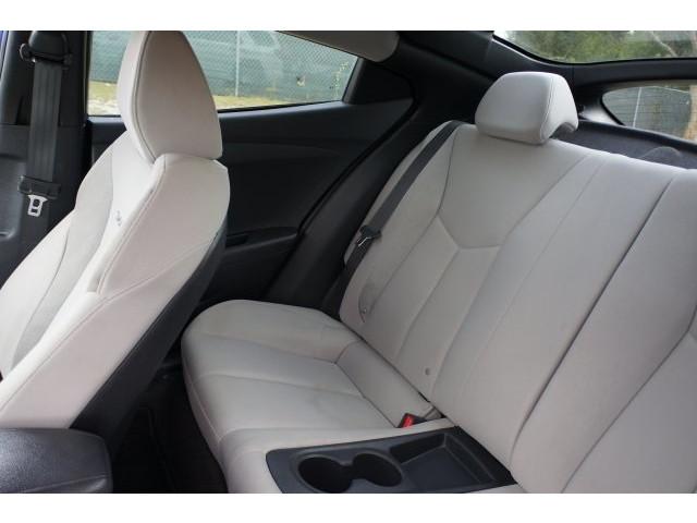 2012 Hyundai Veloster 3D Hatchback - 203589A - Image 20