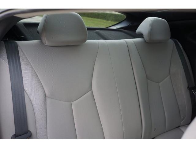 2012 Hyundai Veloster 3D Hatchback - 203589A - Image 27