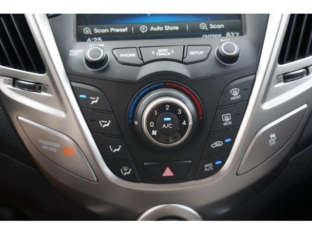 2012 Hyundai Veloster 3D Hatchback - 203589A - Image 33