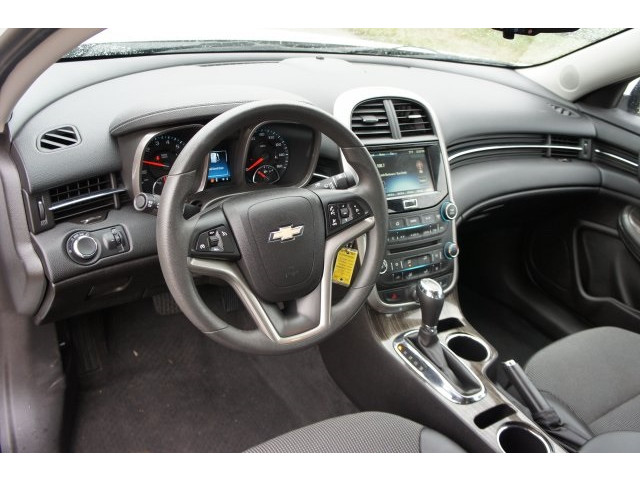 2015 Chevrolet Malibu 1LT 4D Sedan  - 203636F - Image 16