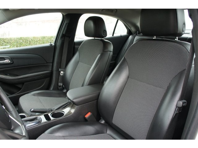 2015 Chevrolet Malibu 1LT 4D Sedan - 203636F - Image 18
