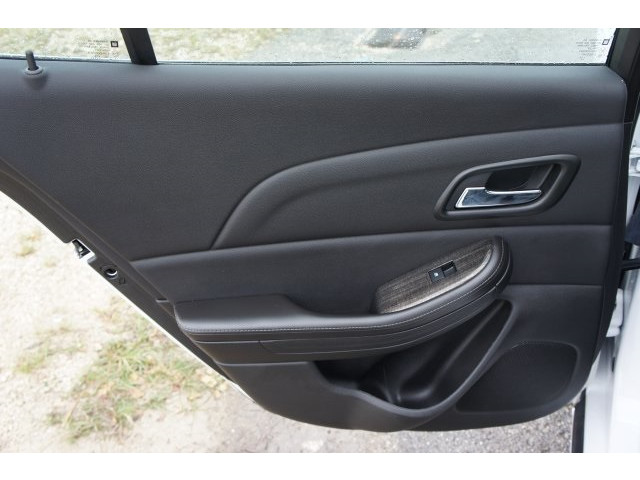 2015 Chevrolet Malibu 1LT 4D Sedan - 203636F - Image 21