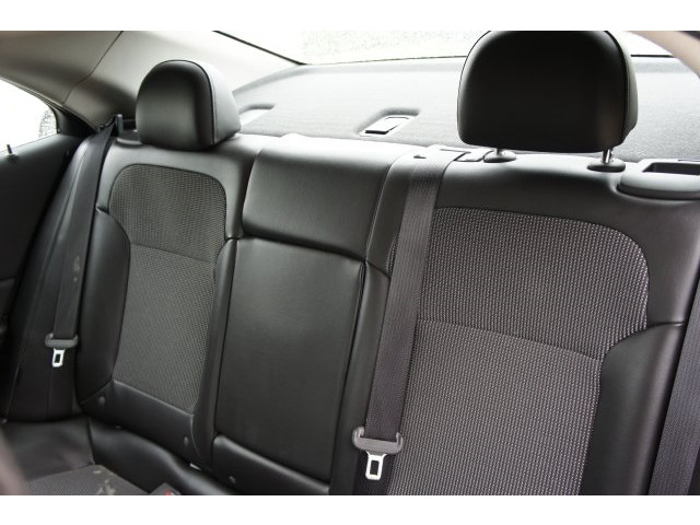 2015 Chevrolet Malibu 1LT 4D Sedan - 203636F - Image 24