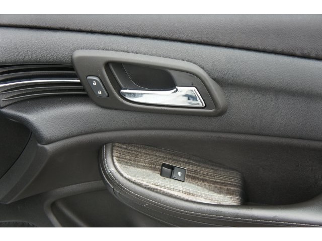 2015 Chevrolet Malibu 1LT 4D Sedan  - 203636F - Image 26