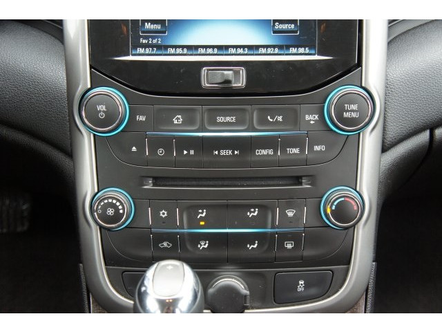 2015 Chevrolet Malibu 1LT 4D Sedan - 203636F - Image 35