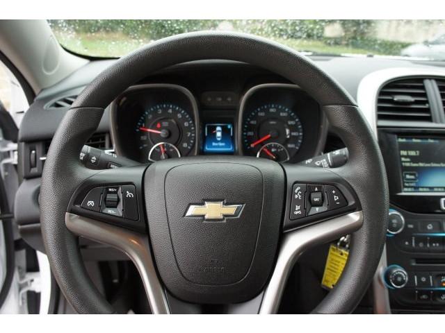 2015 Chevrolet Malibu 1LT 4D Sedan  - 203636F - Image 37