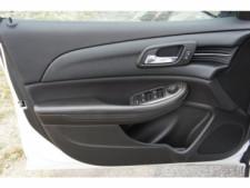 2015 Chevrolet Malibu 1LT 4D Sedan - 203636F - Thumbnail 14