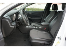 2015 Chevrolet Malibu 1LT 4D Sedan - 203636F - Thumbnail 17