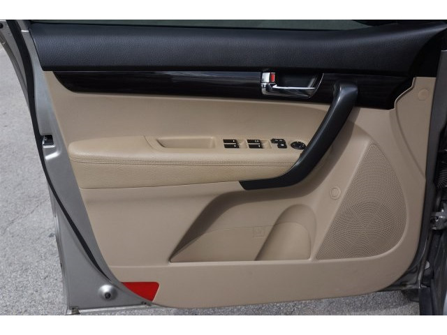 2012 Kia Sorento  4D Sport Utility  - 203644F - Image 14