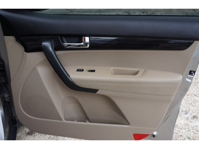 2012 Kia Sorento  4D Sport Utility  - 203644F - Image 26
