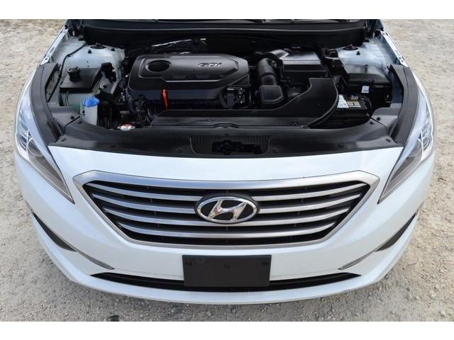2015 Hyundai Sonata 4D Sedan - 203782F - Image 16