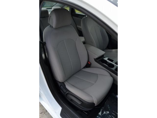 2015 Hyundai Sonata 4D Sedan - 203782F - Image 15