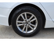 2015 Hyundai Sonata 4D Sedan - 203782F - Thumbnail 20