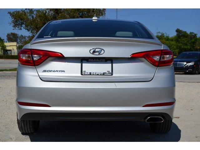 2015 Hyundai Sonata 4D Sedan - 503027W - Image 5