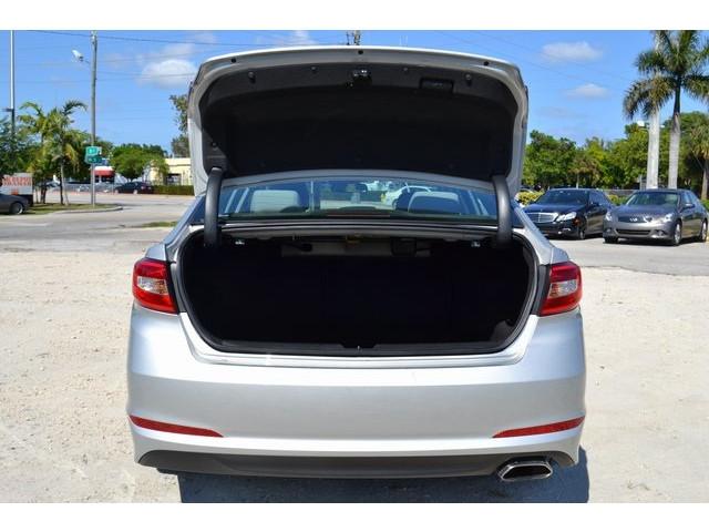 2015 Hyundai Sonata 4D Sedan - 503027W - Image 17