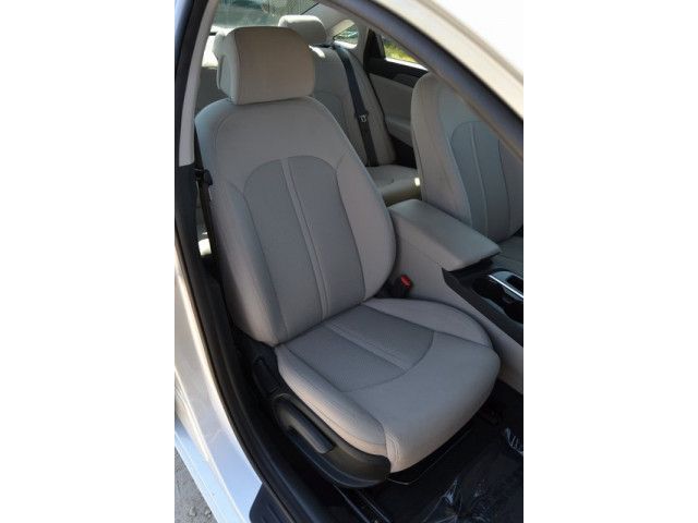 2015 Hyundai Sonata 4D Sedan - 503027W - Image 20